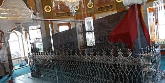 Fatih sultan Mehmet han türbesi