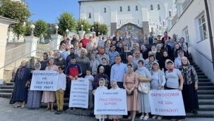 Ukrayna Fener patriğini protesto etti