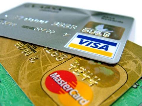 Kredi Kartları can yakmaya devam ediyor