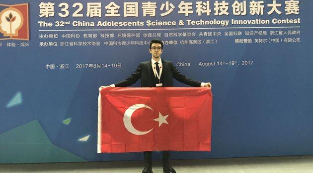 Bilimde Uluslararası bir Başarı