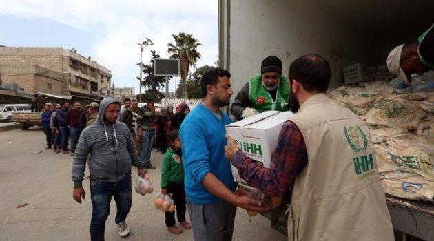 Binlerce Afrinli'ye insani yardım