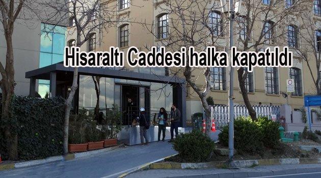 Üniversite Tarihi Caddeyi Halka kapattı