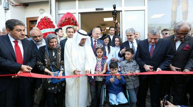 Yüksek teknolojili protez merkezi dualarla açıldı