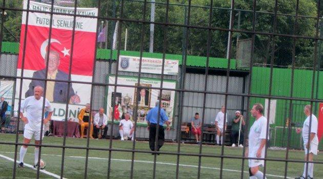 Turnuvada Cumartesi maçı